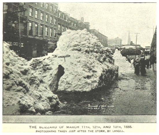 THE_BLIZZARD_OF_MARCH_1888_(PHOTO_BY_LANGILL)
