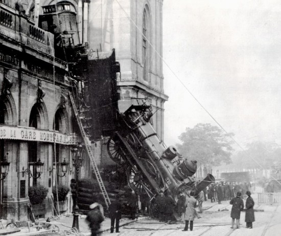 Incidente_treno_Montparnasse_1895